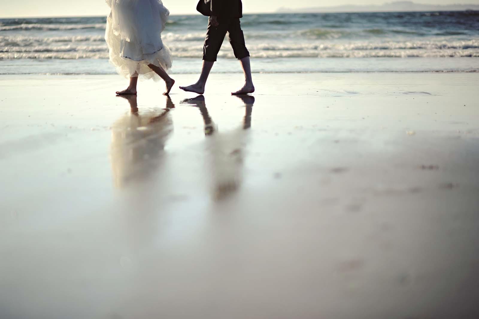 Erin Wallis Photography_Beach Bride and Groom
