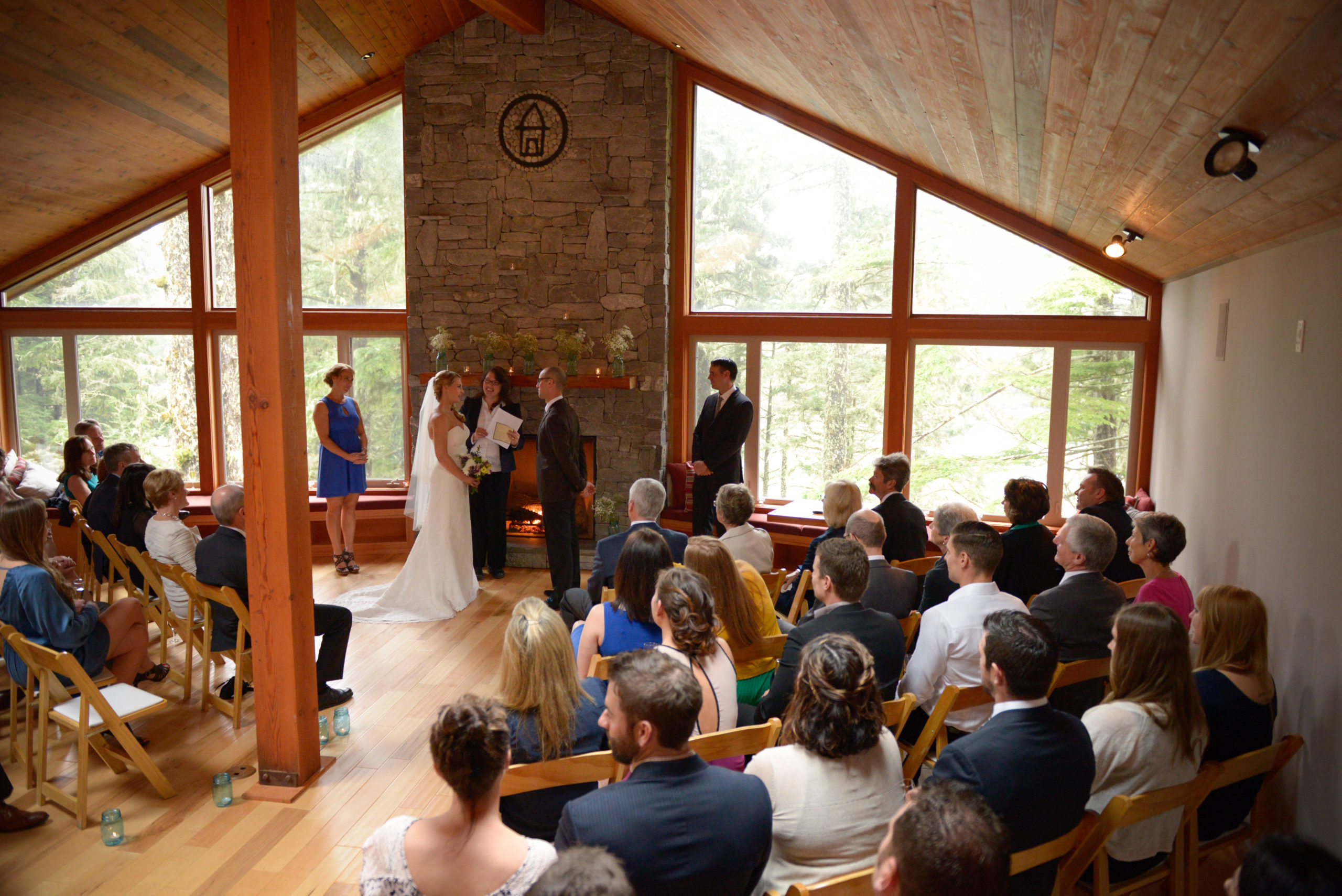 Douglas Ludwig_Wedding at The Lodge in Ucluelet