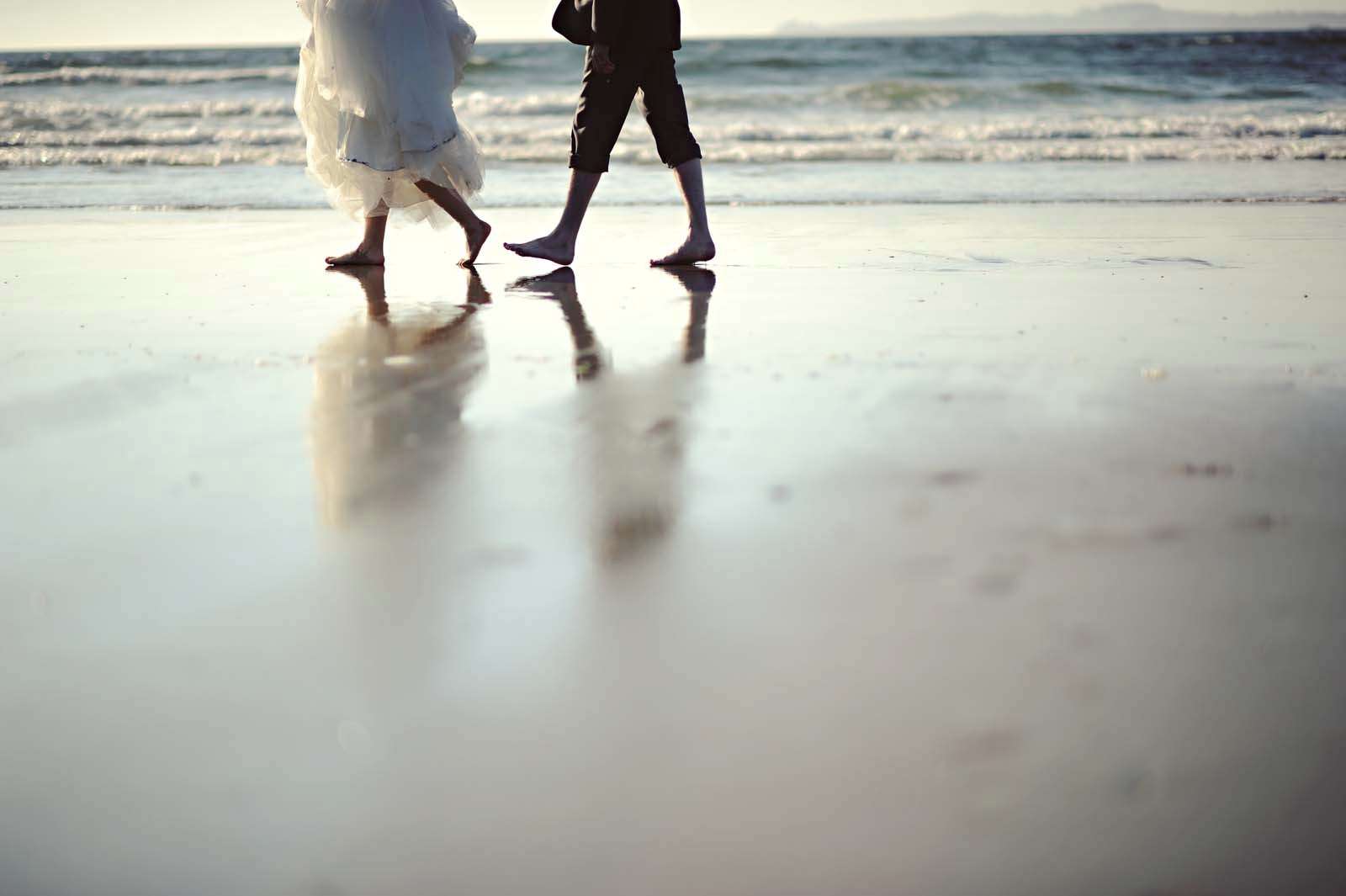 Erin Wallis Photography_Beach Bride and Groom