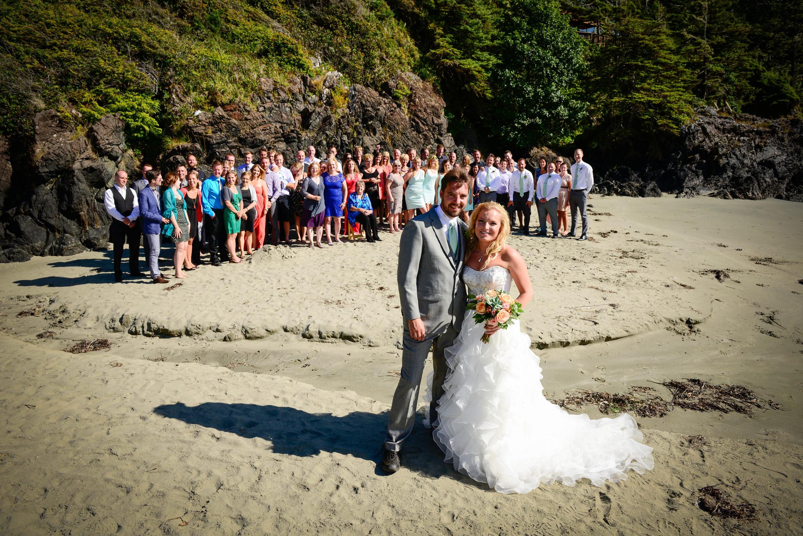 Douglas Ludwig_Beach Wedding Party